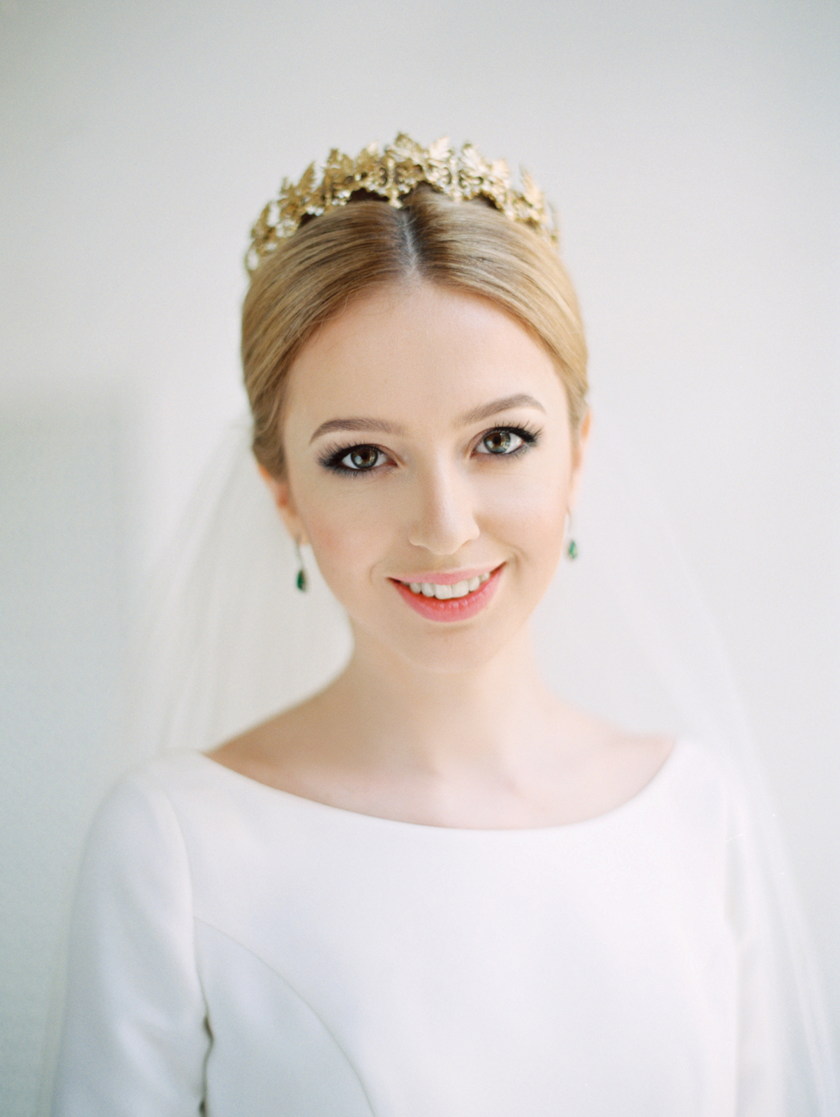 smiling bride with crown