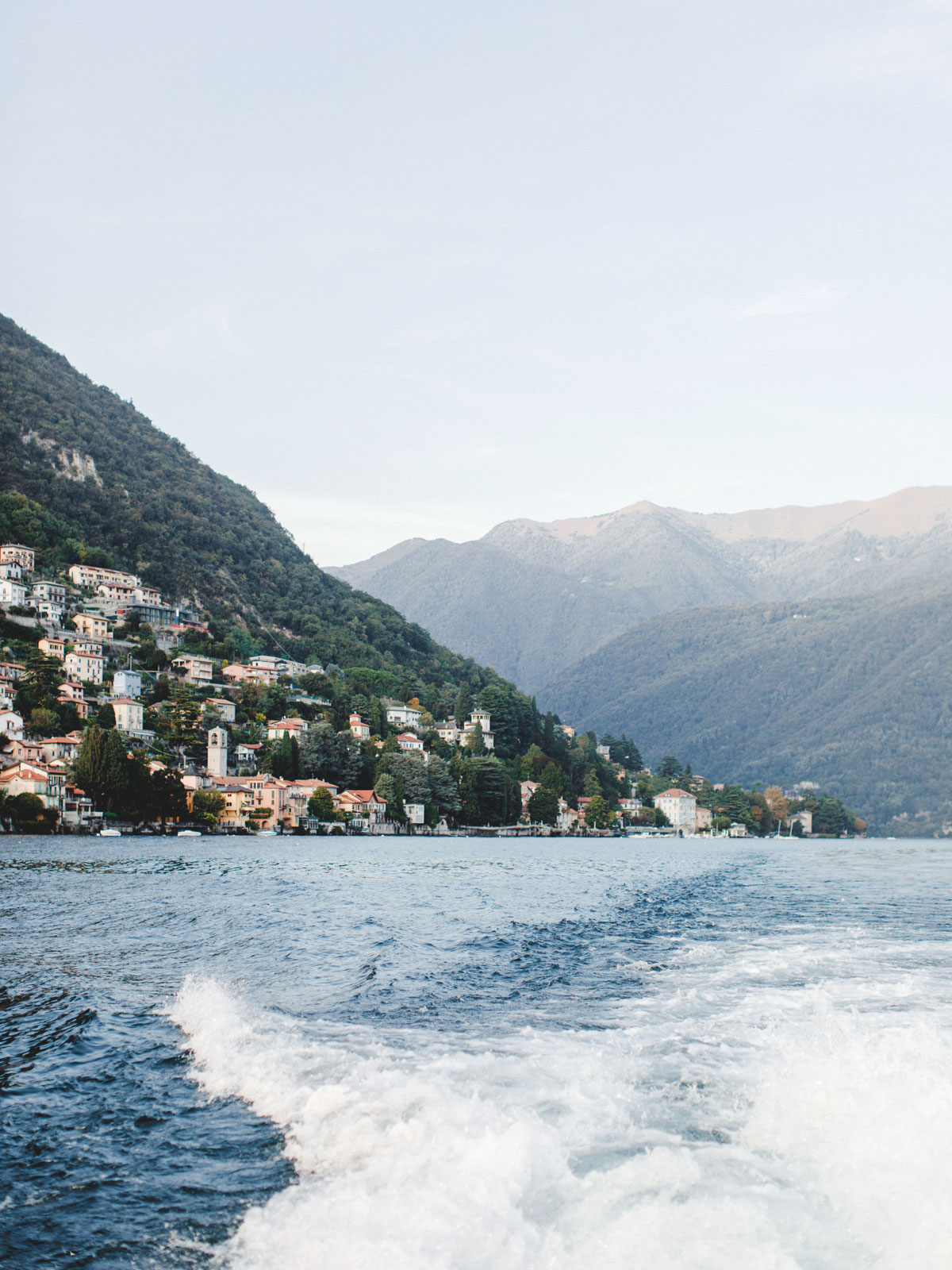 wedding boat trip on lake como